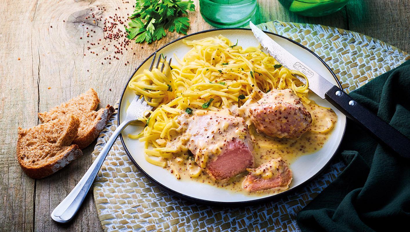 Palette de porc, tagliatelles, sauce moutarde à l'ancienne