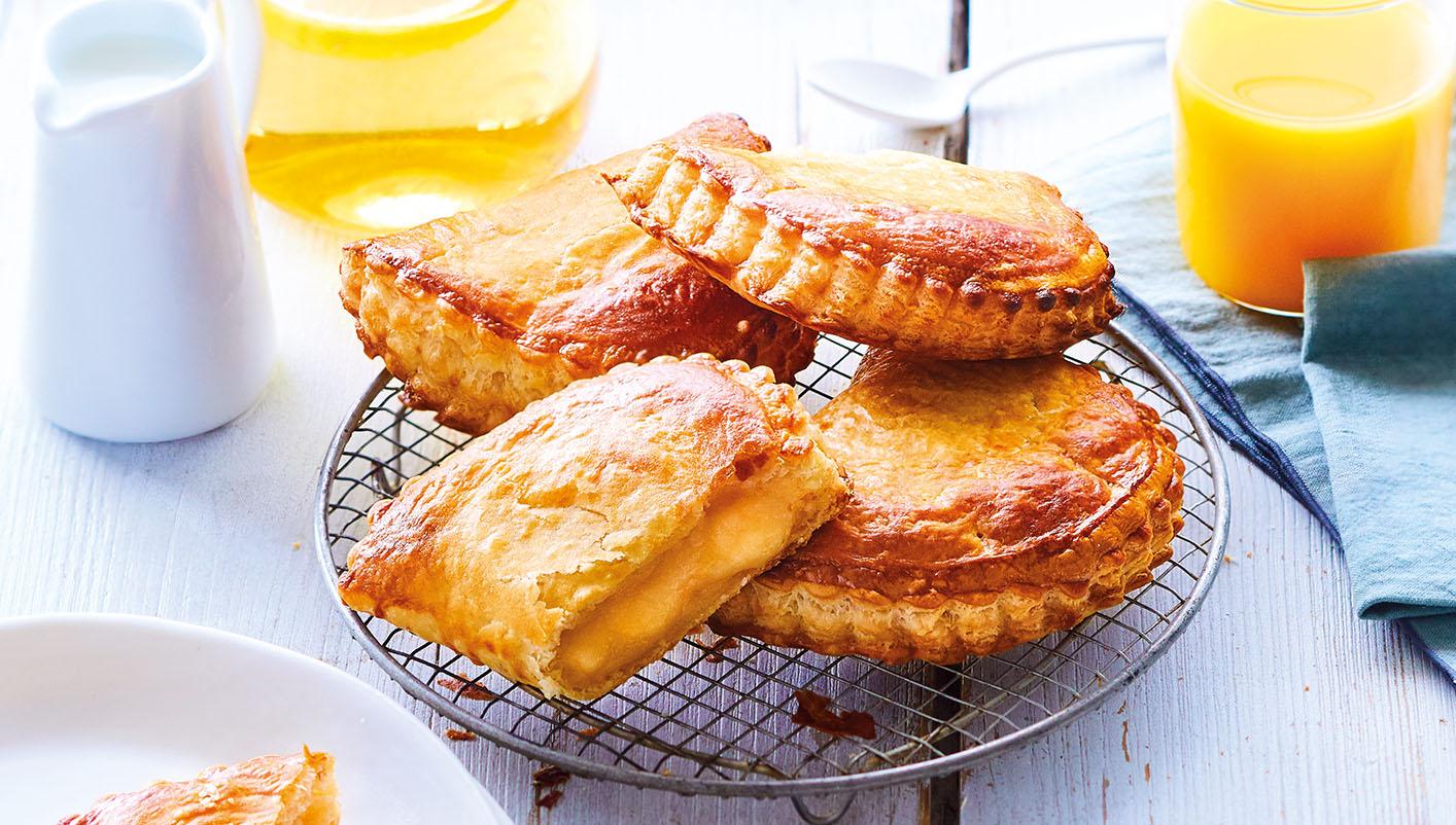 4 Chaussons aux pommes - pur beurre Charentes-Poitou AOP*