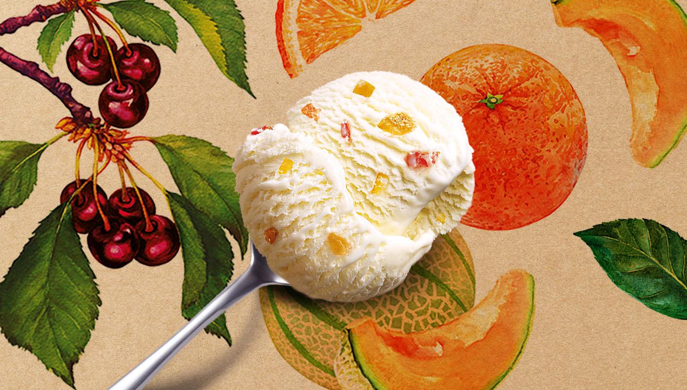 Crème glacée Plombières avec fruits confits au Kirsch