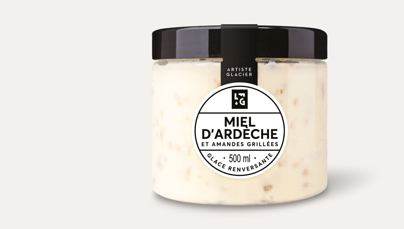 Crème glacée artisanale miel d'Ardèche et amandes grillées