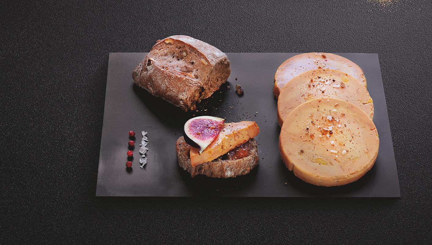 4 Petits pains de campagne aux noix et noisettes