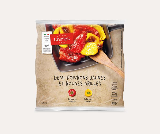 Demi-poivrons jaunes et rouges grillés