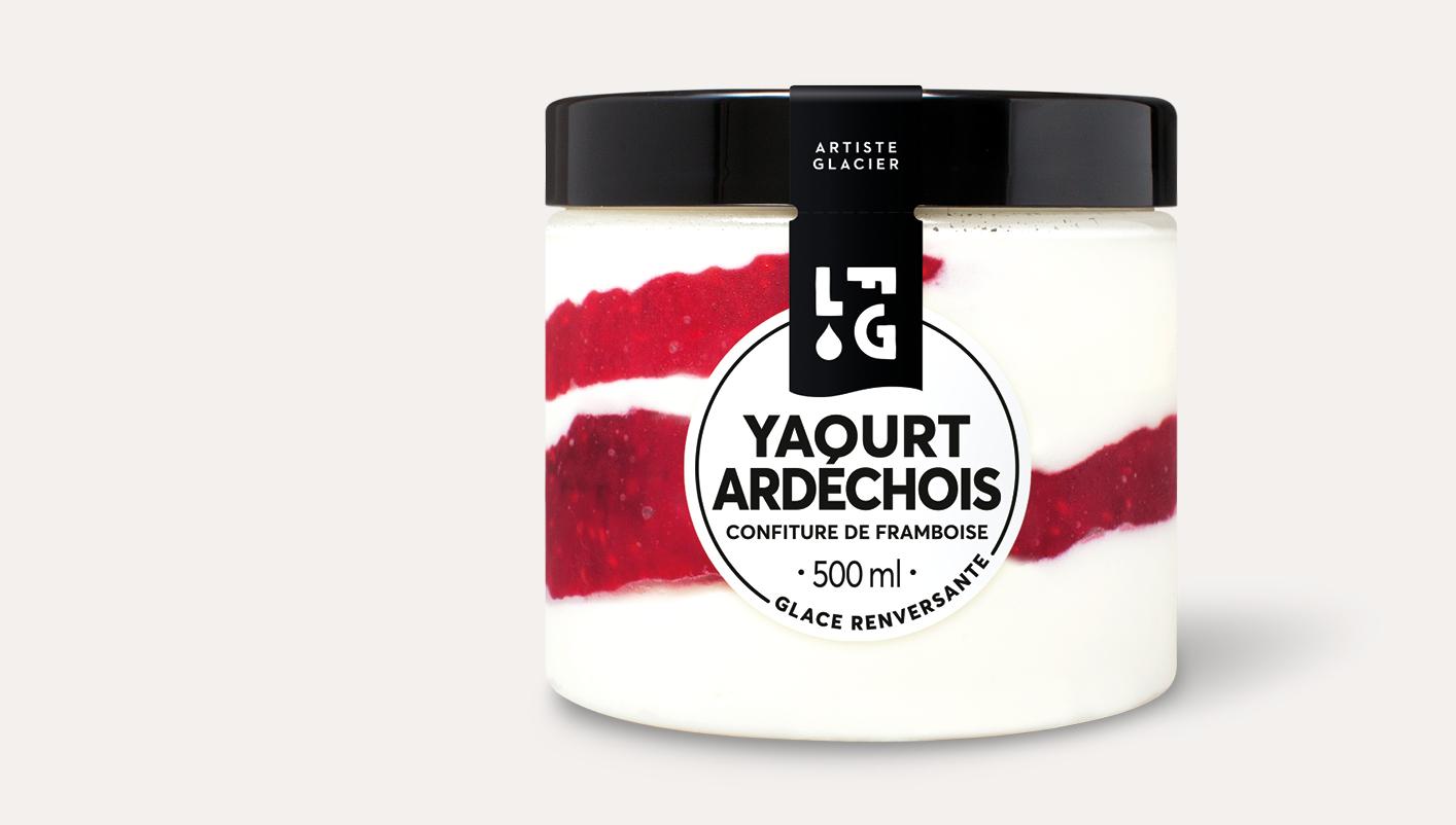 Glace artisanale yaourt ardéchois confiture de framboise