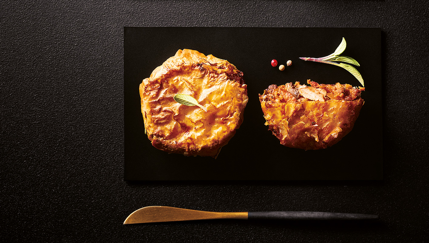 2 Pastillas à la pintade et au bloc de foie gras de canard