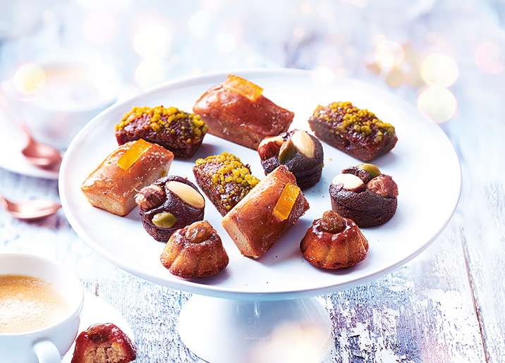 12 Petits fours moelleux