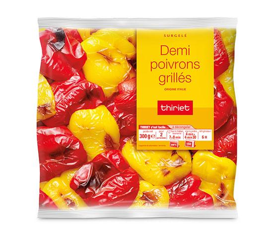 Demi poivrons jaunes et rouges grillés