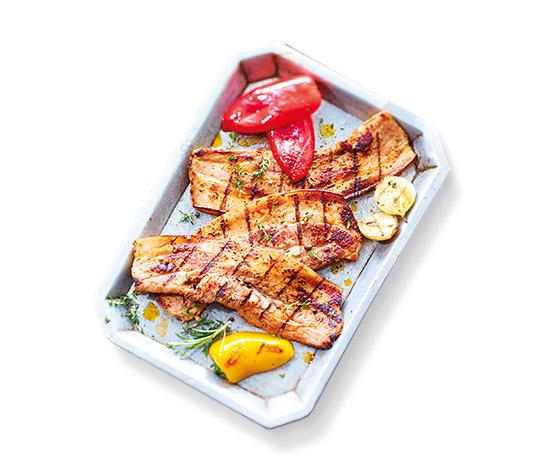 Poitrine porc marinée tomates, herbes de Provence.
