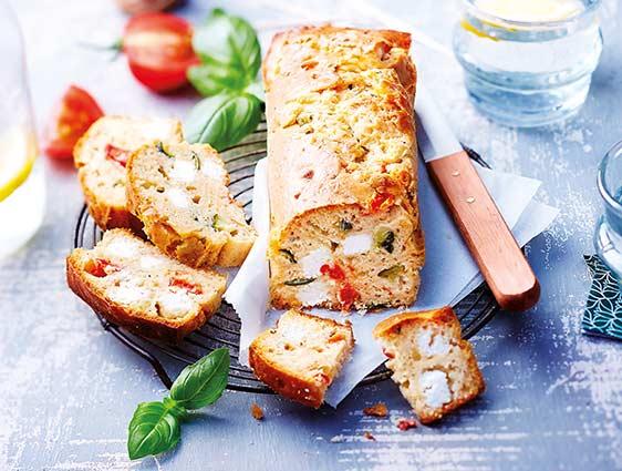 Apéritifs - Cake apéritif chèvre-tomates