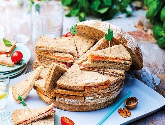 Apéritifs spécial réception - Miche surprise pain spécial aux noix