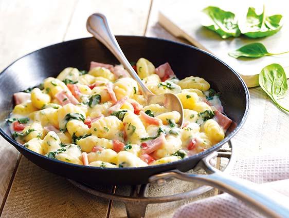 Poêlées cuisinées - Gnocchi jambon, épinards, sauce emmental