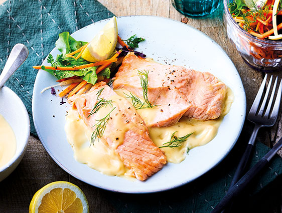 Poissons cuisinés - Deux Pavés de saumon Atlantique sauce beurre blanc
