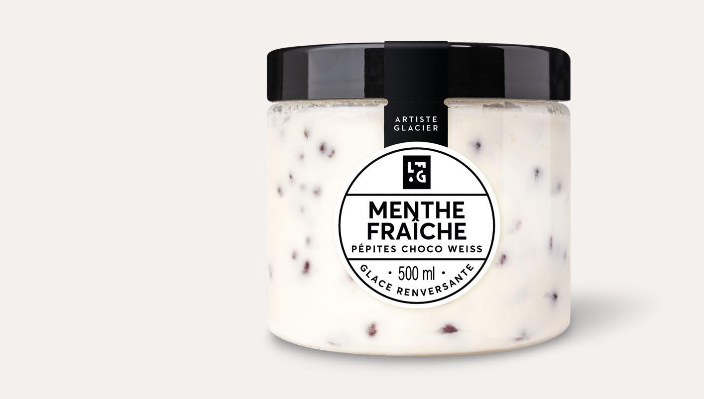 Crème glacée artisanale menthe fraîche et chocolat Weiss